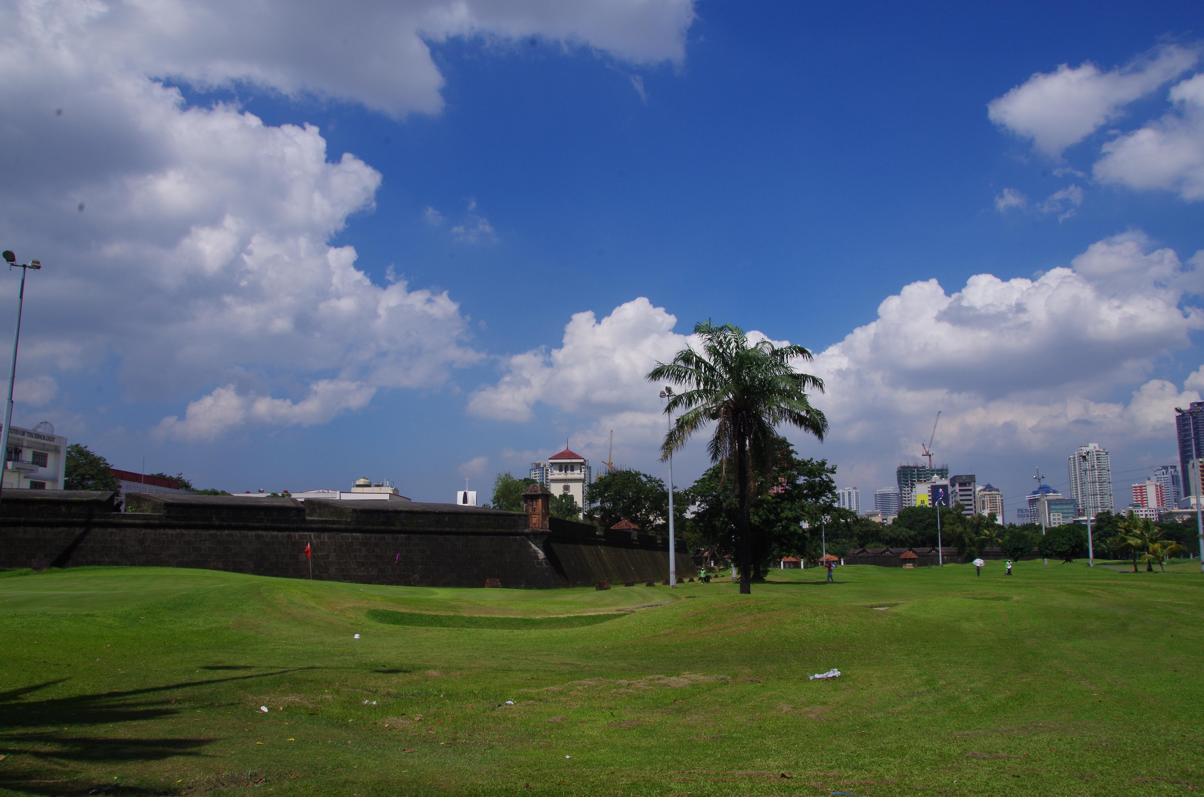 Entrée d'Intramuros