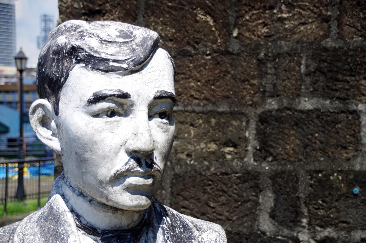 Buste de José Rizal- Héros national