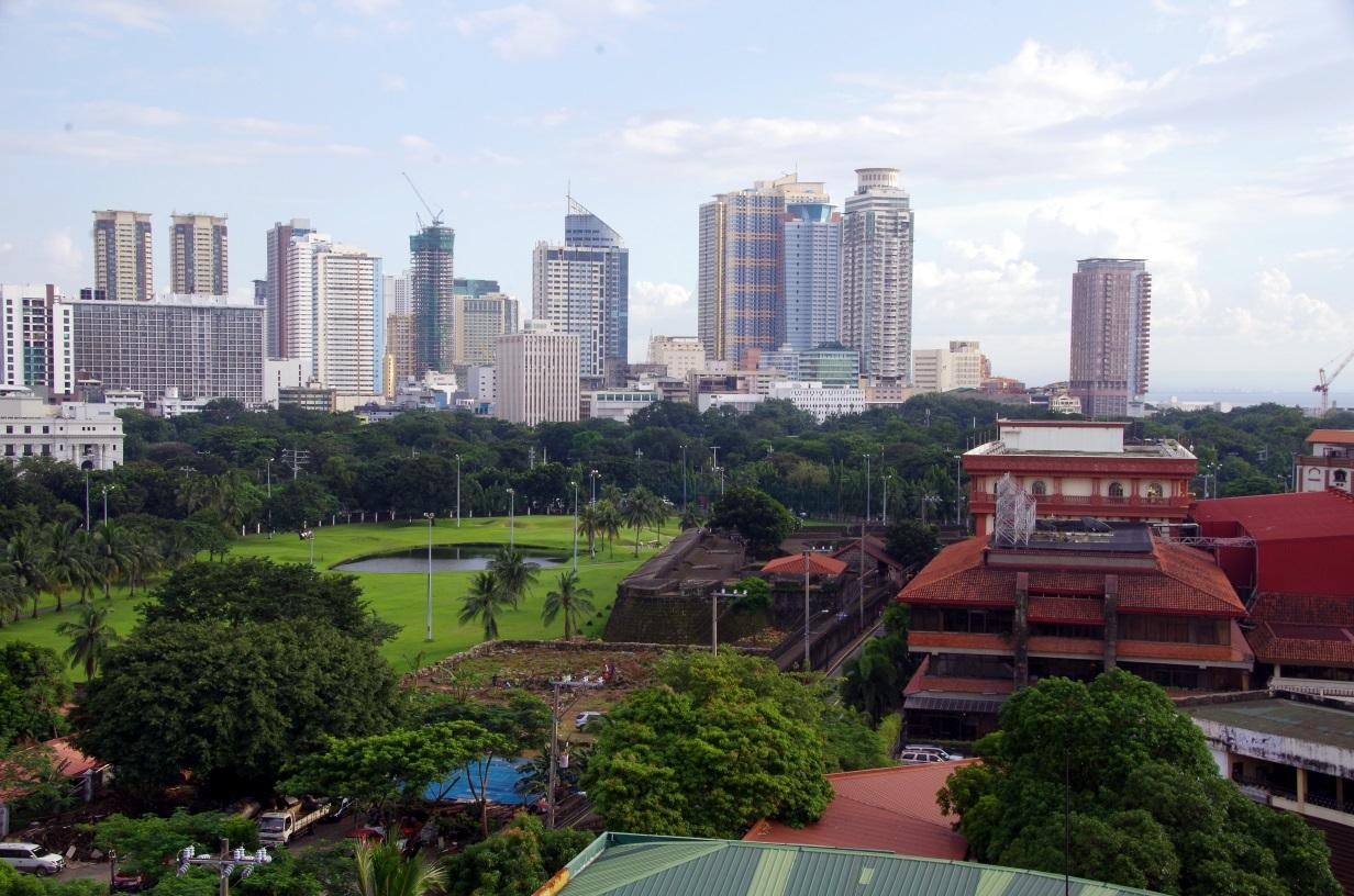 Vue sur le Rizal Park du Bayleaf Hotel